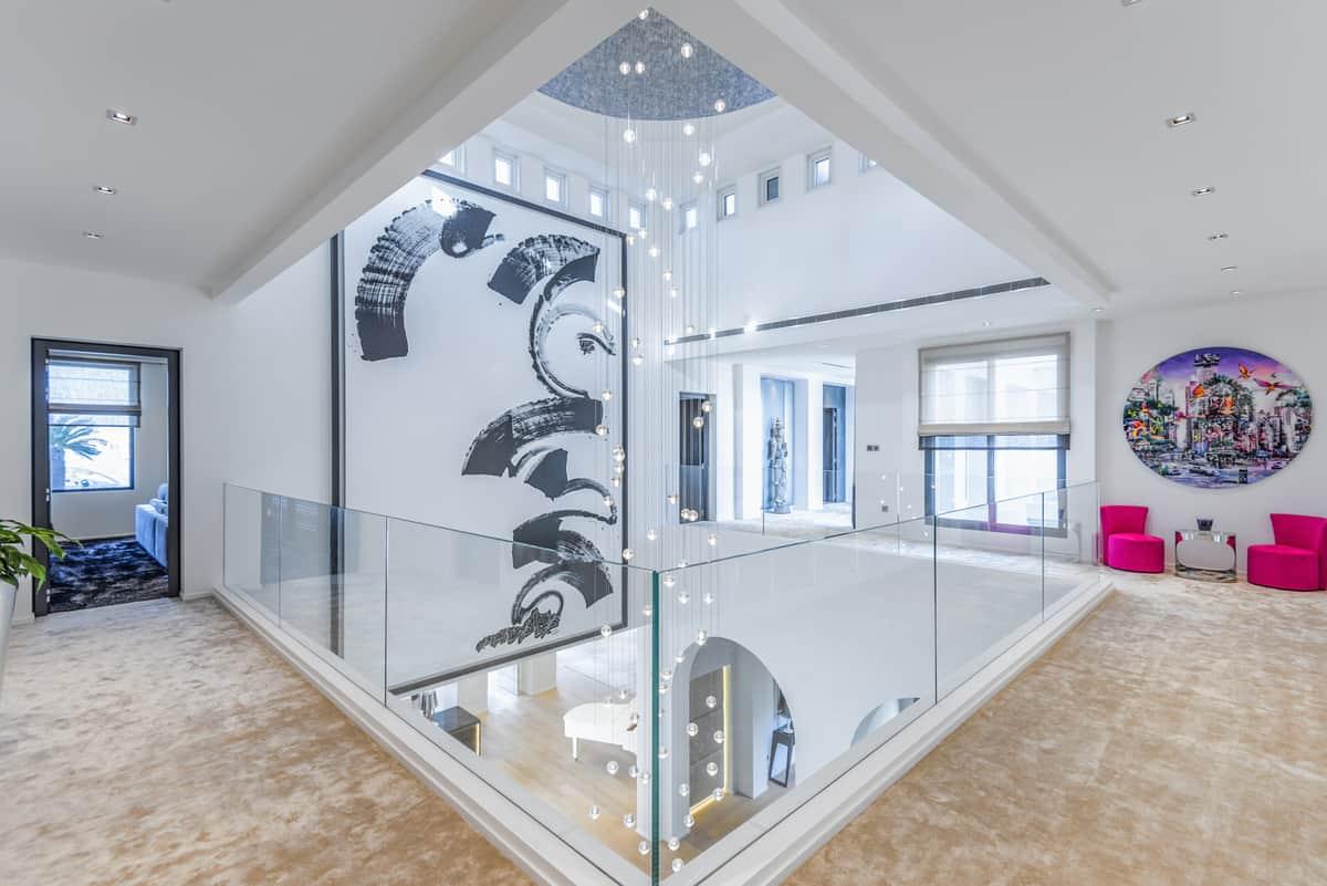 Emirates Hills Villa 14
