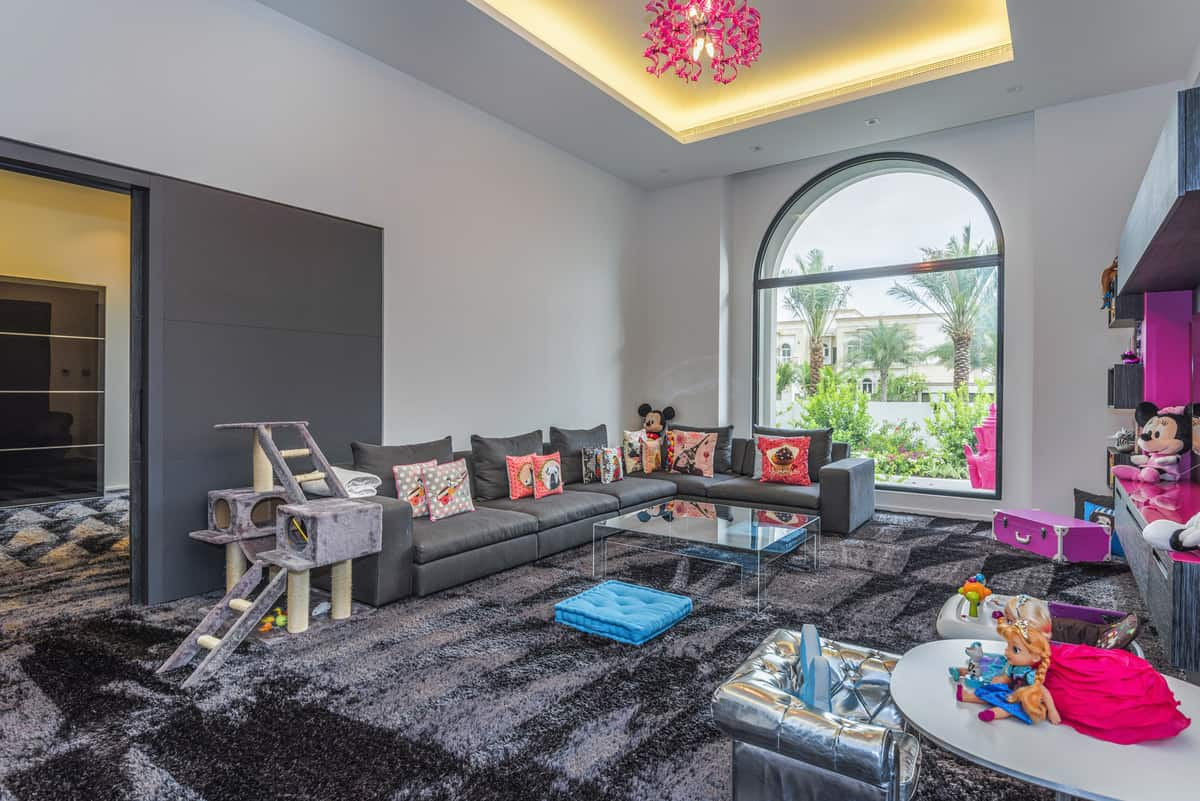 Emirates Hills Villa 8