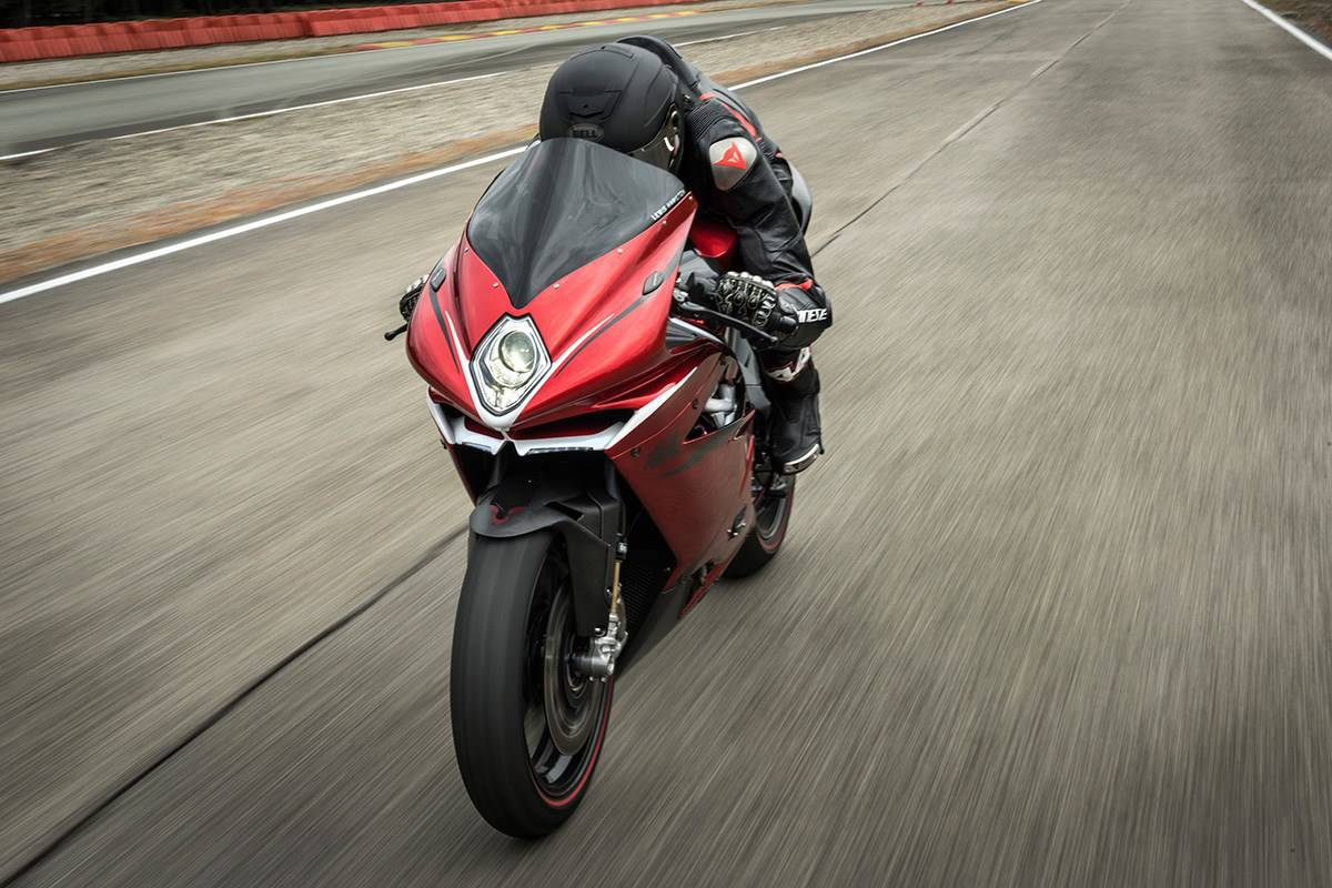 mv agusta f4 lh44 benefits from lewis hamilton 39 s touch. Black Bedroom Furniture Sets. Home Design Ideas