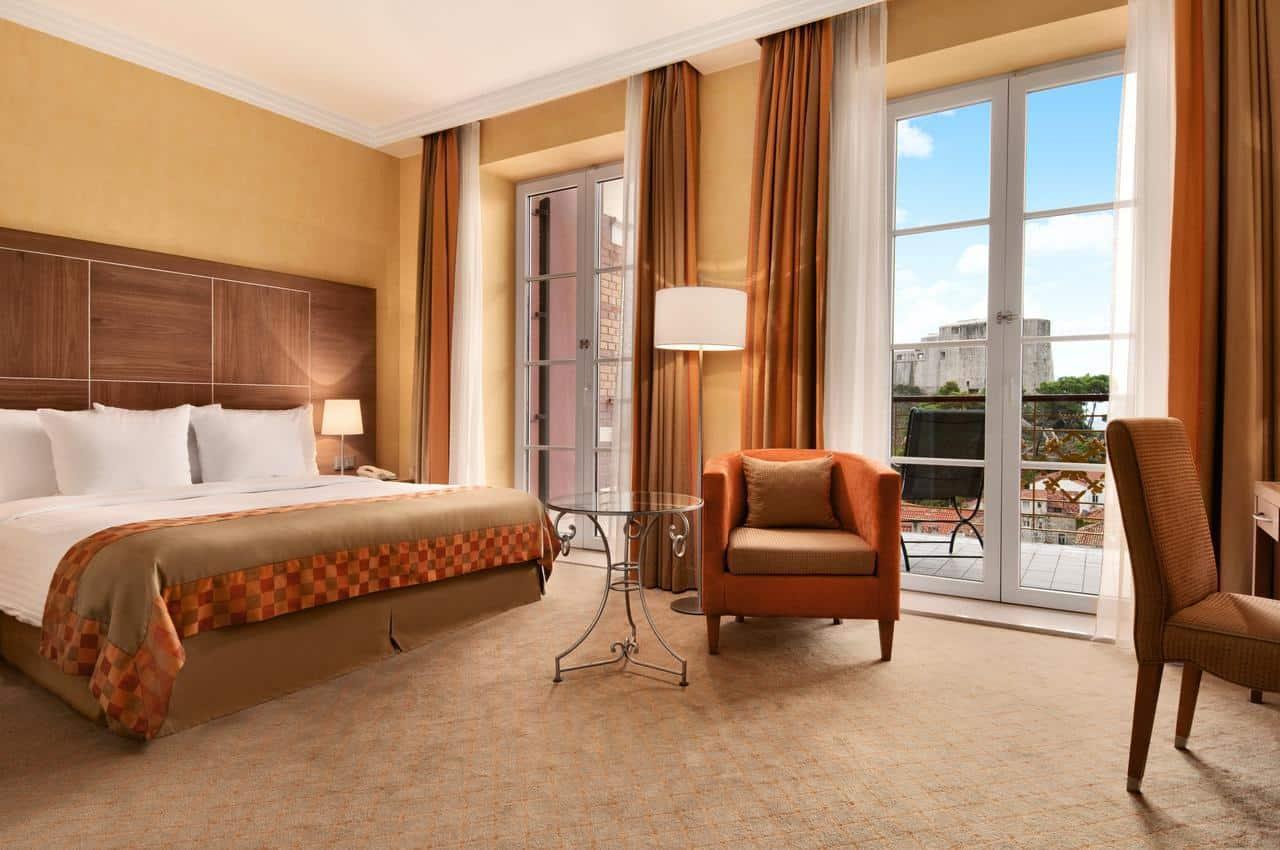 Hilton Imperial Dubrovnik guest room