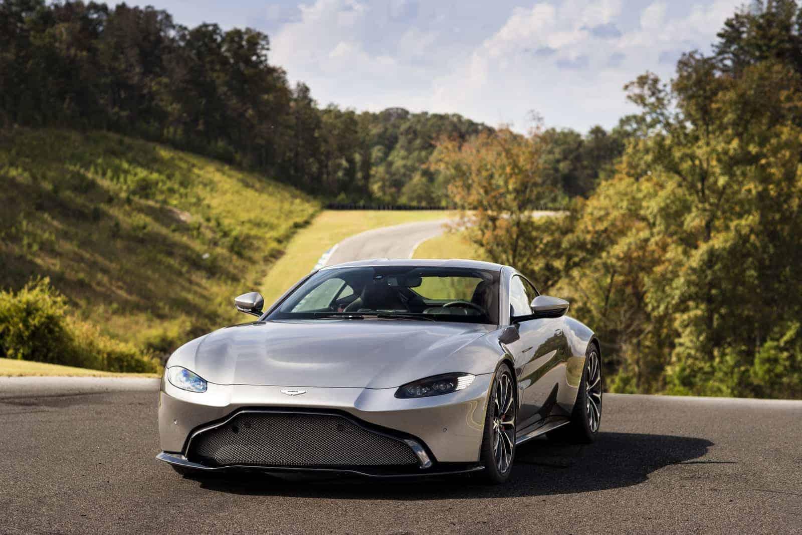 Aston Martin Vantage<