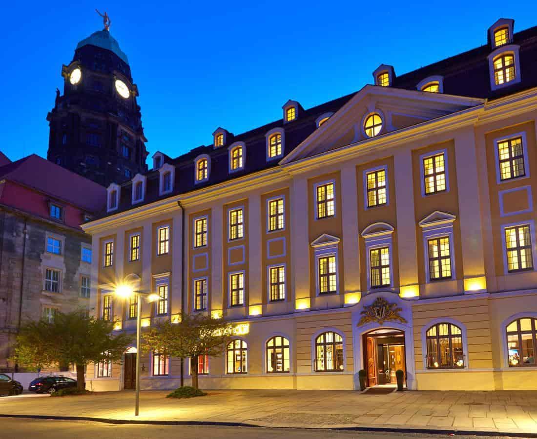 Gewandhaus Dresden night
