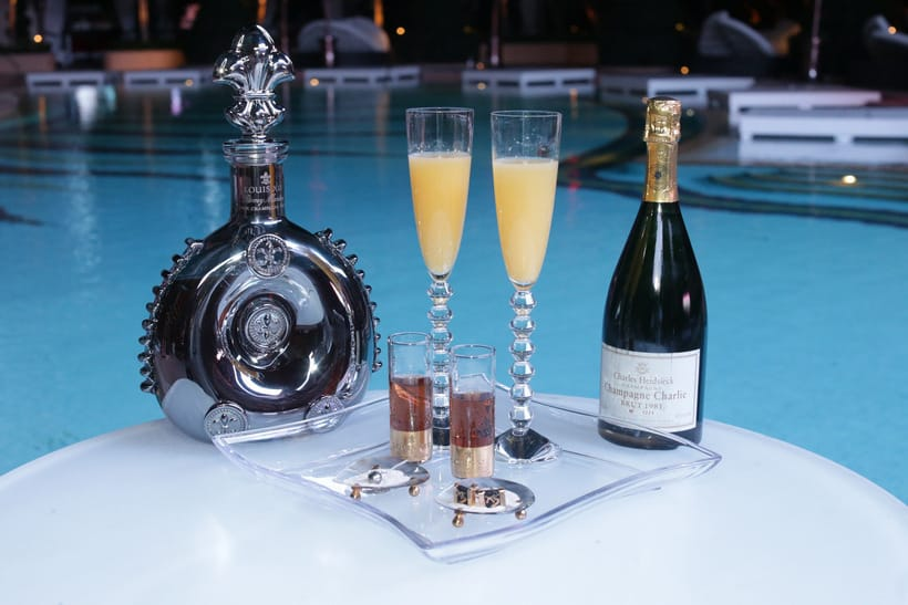 Ono Champagne Cocktail