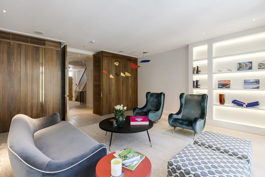 Stunning London Residence 4