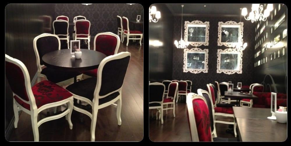 Bloomsbury Café interior