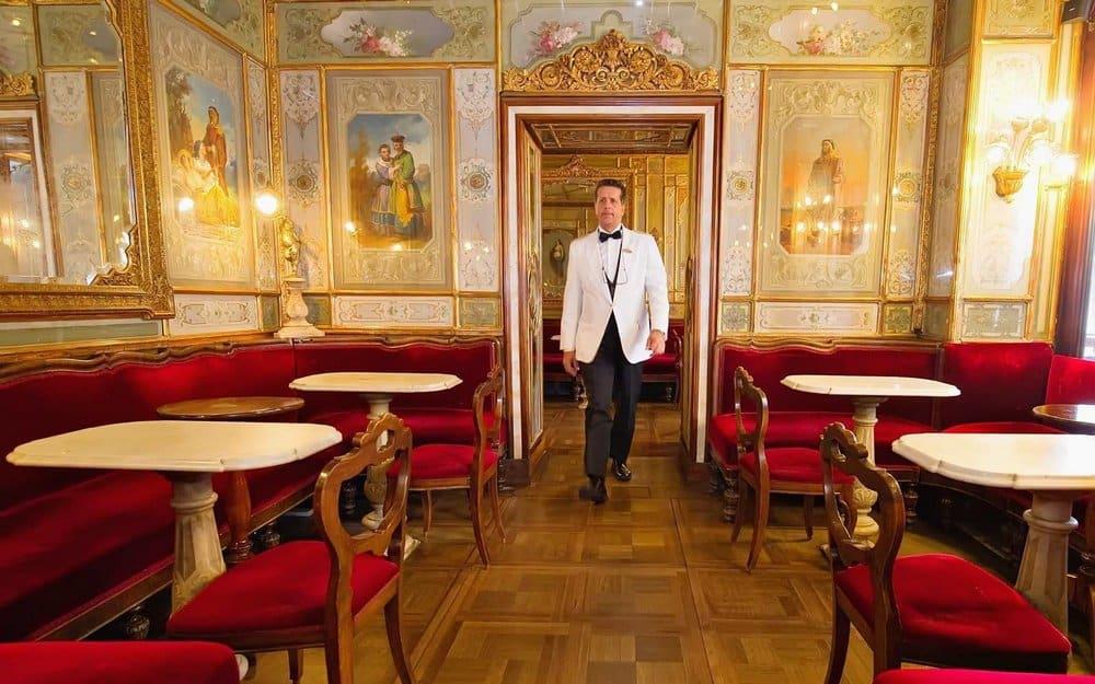 Café Florian interior