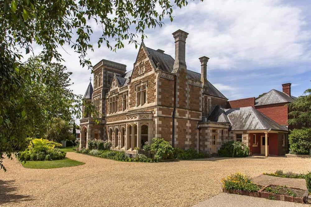 Stoke House Tasmania