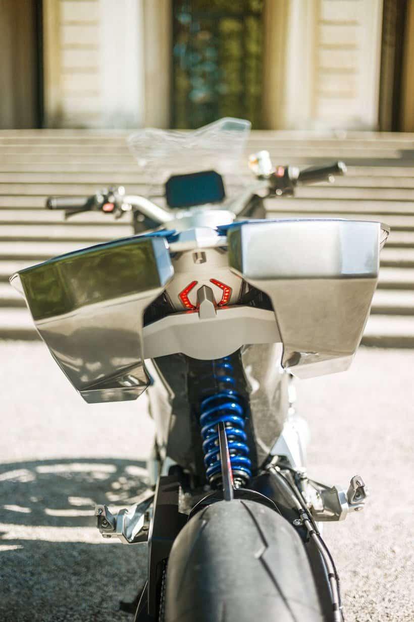 BMW motorrad concept 9cento 8