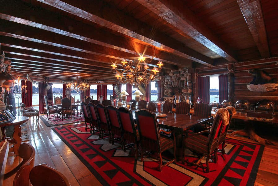 Michigan S Granot Loma Lodge Is A Hunter S Paradise