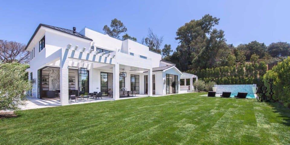 LeBron James mansion 2