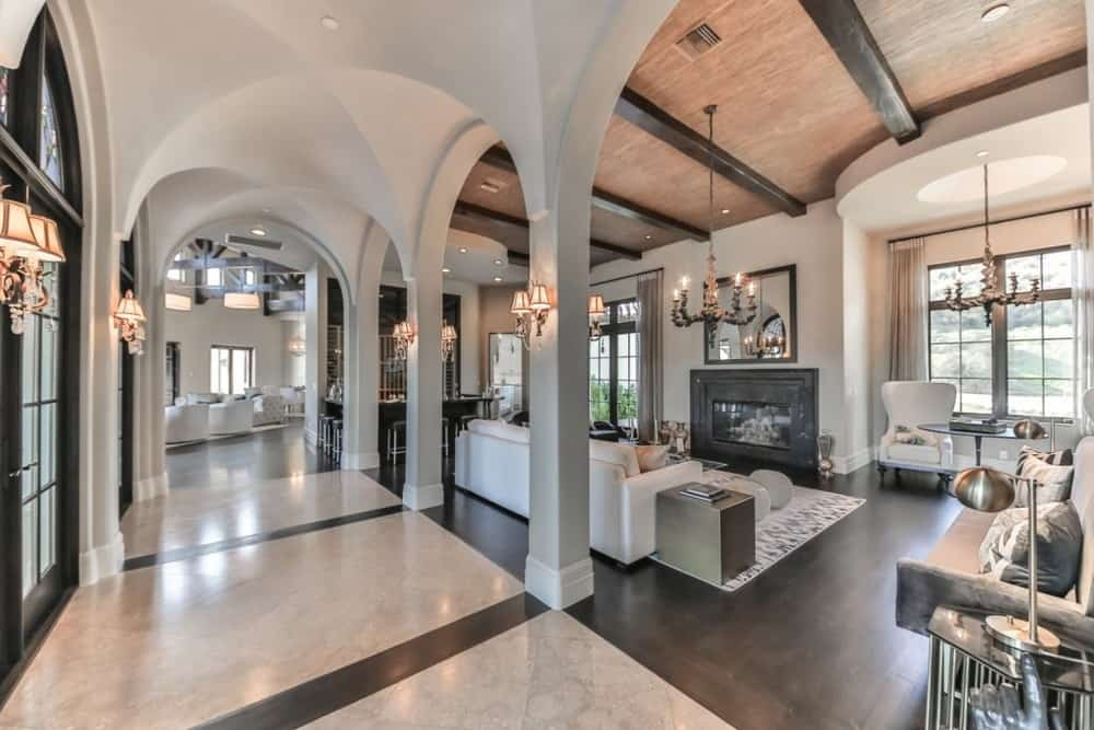 Britney Spears gallery living room