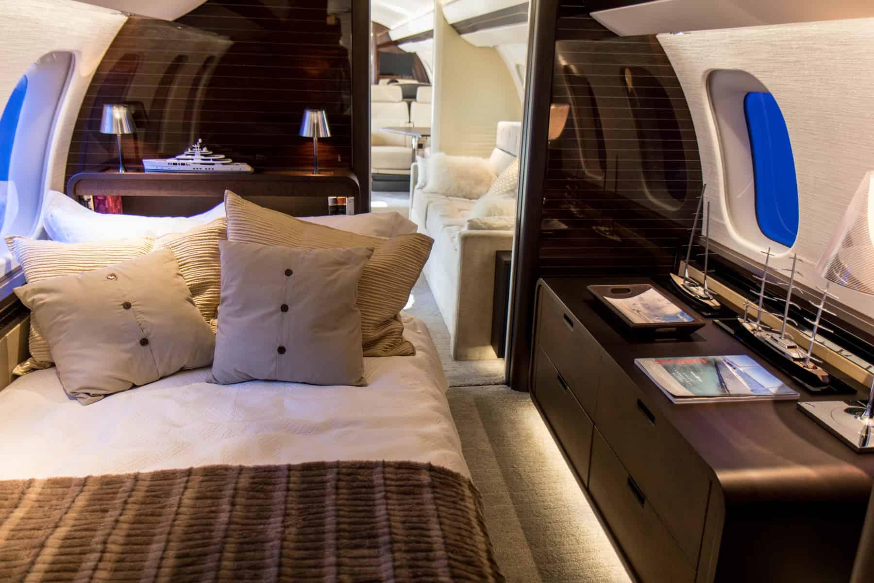 Bombardier Global 7500 bedroom