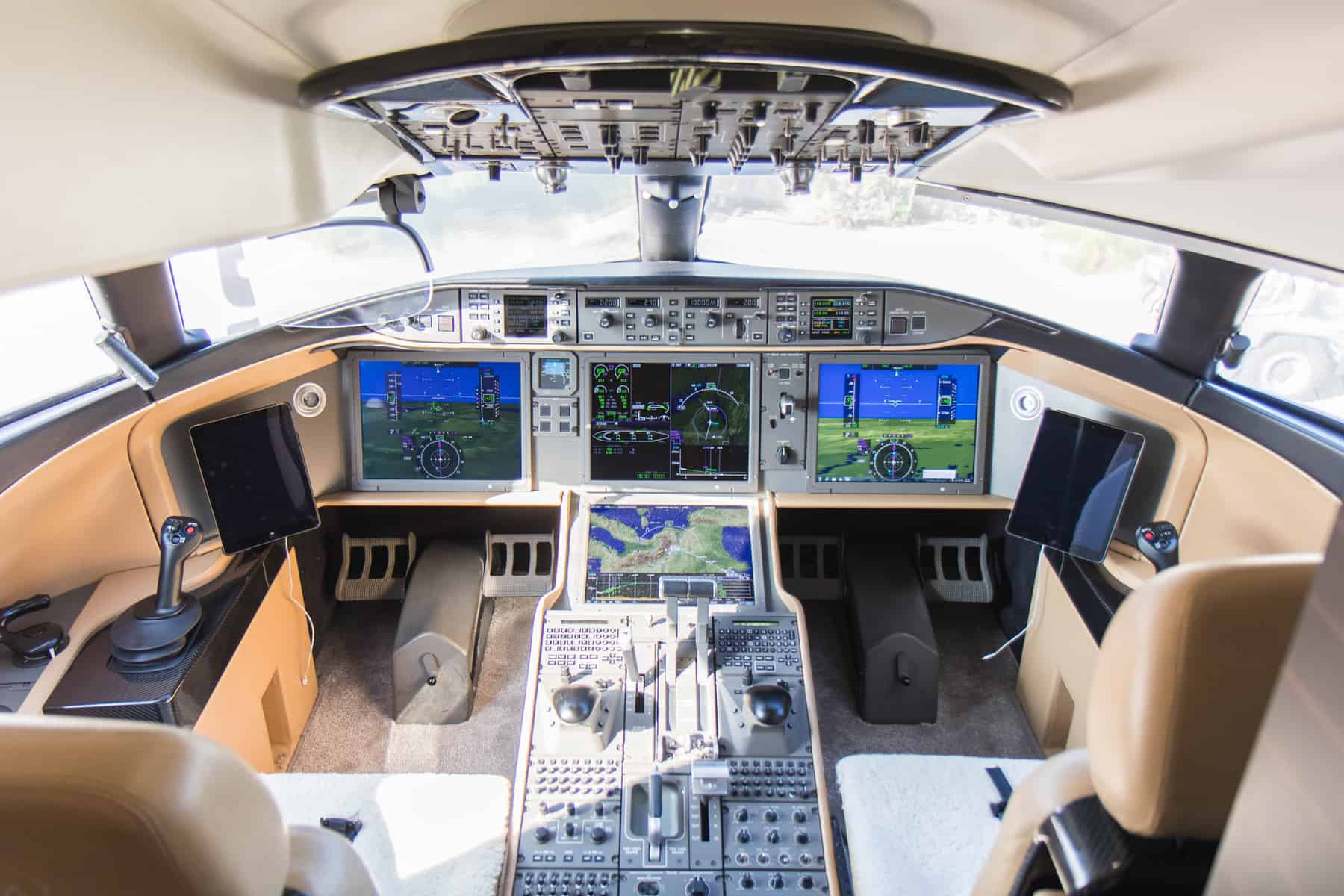 Bombardier Global 7500 cockpit