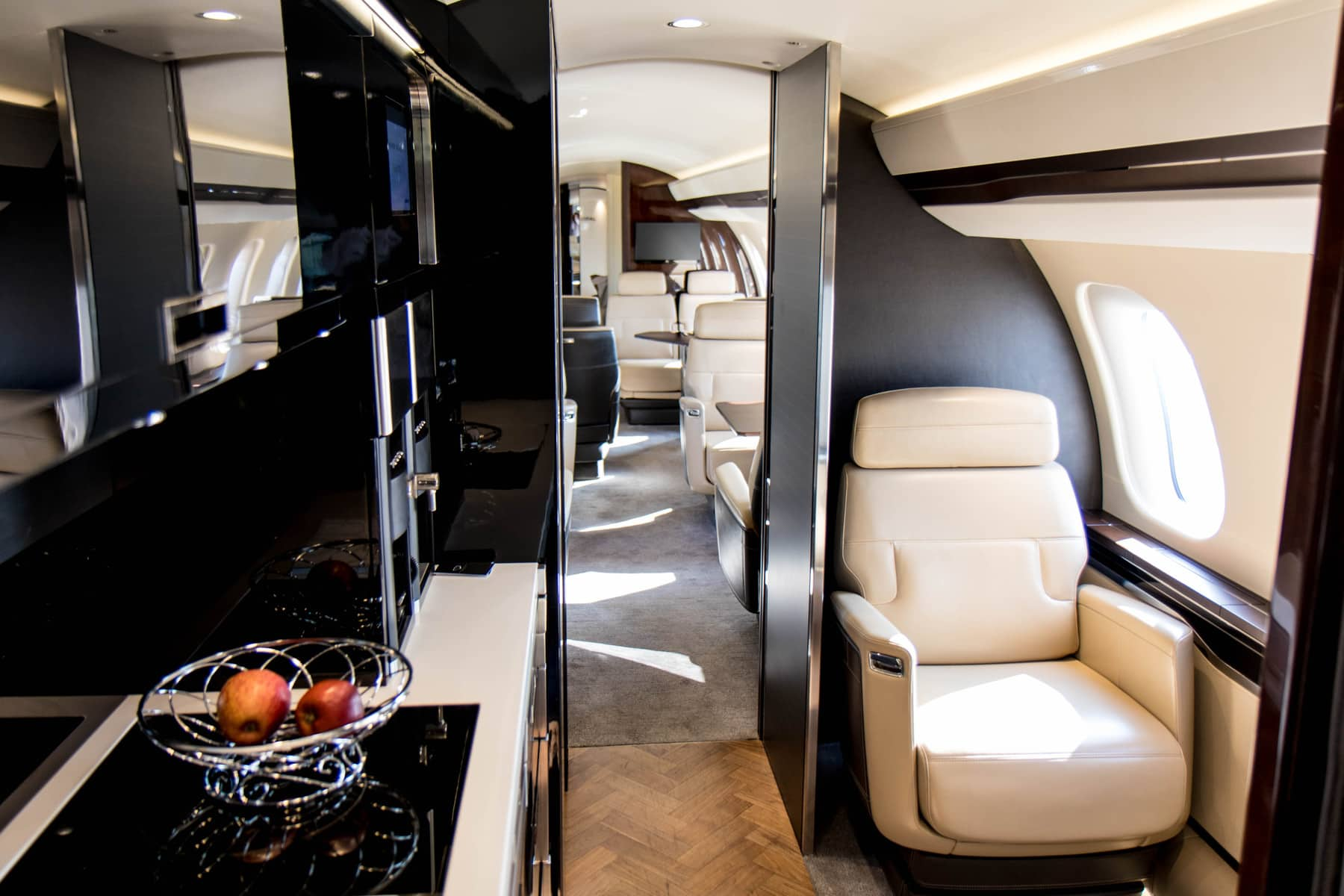 Bombardier Global 7500 crew suite
