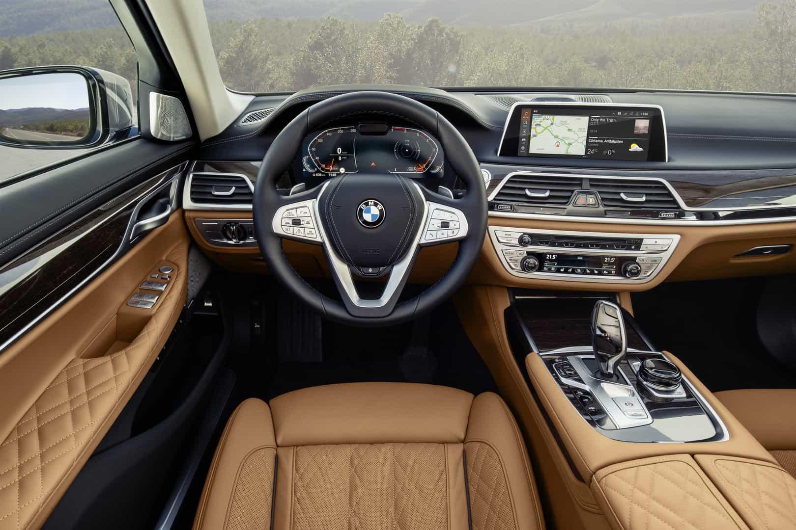 2020-BMW-7-Series-7