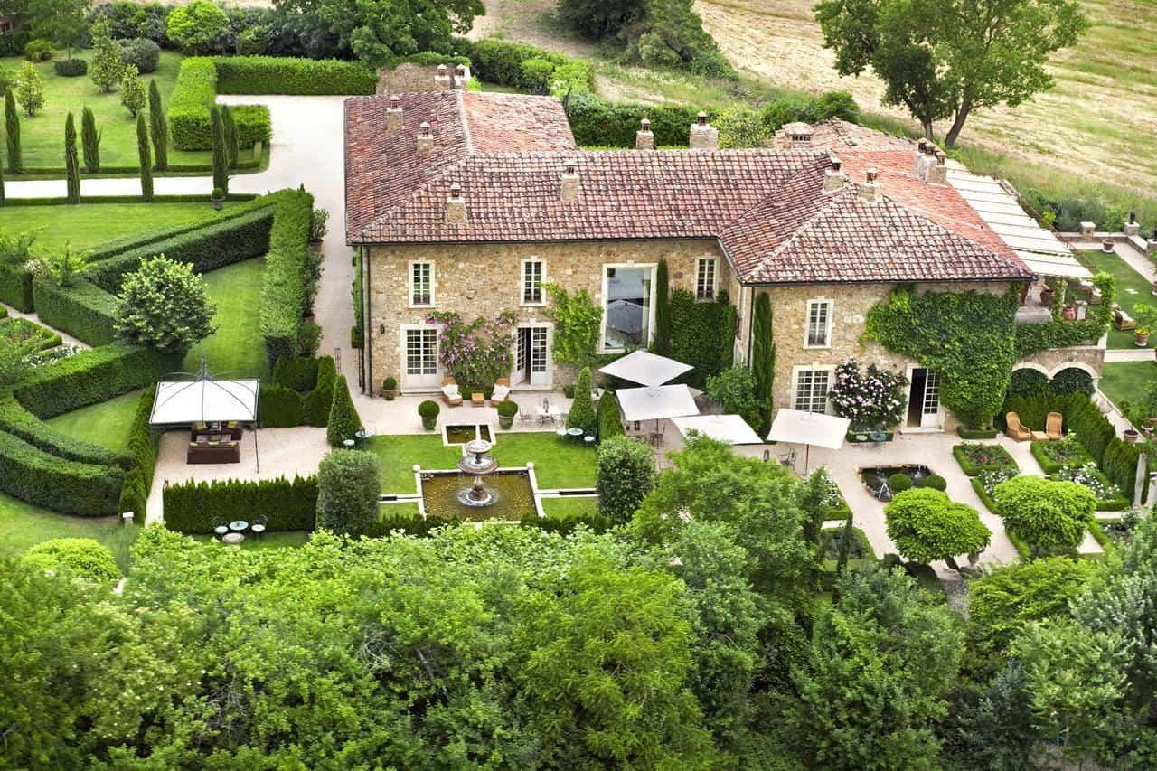 Borgo Santo Pietro 2