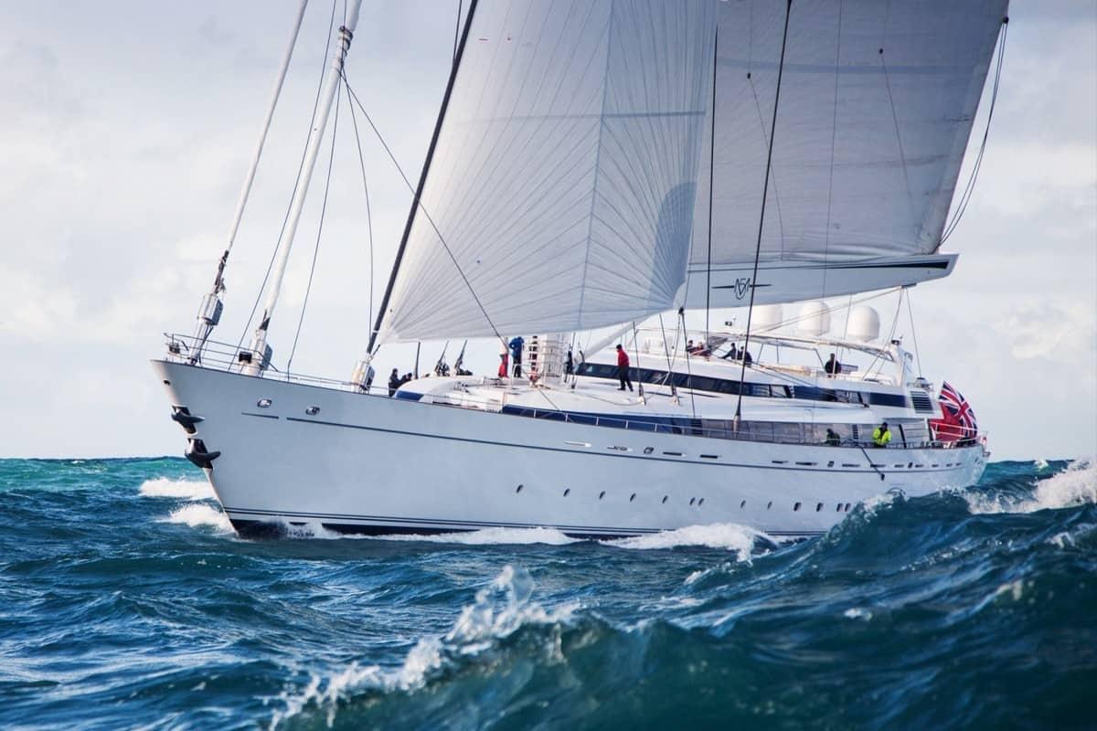 M5 sailing yacht