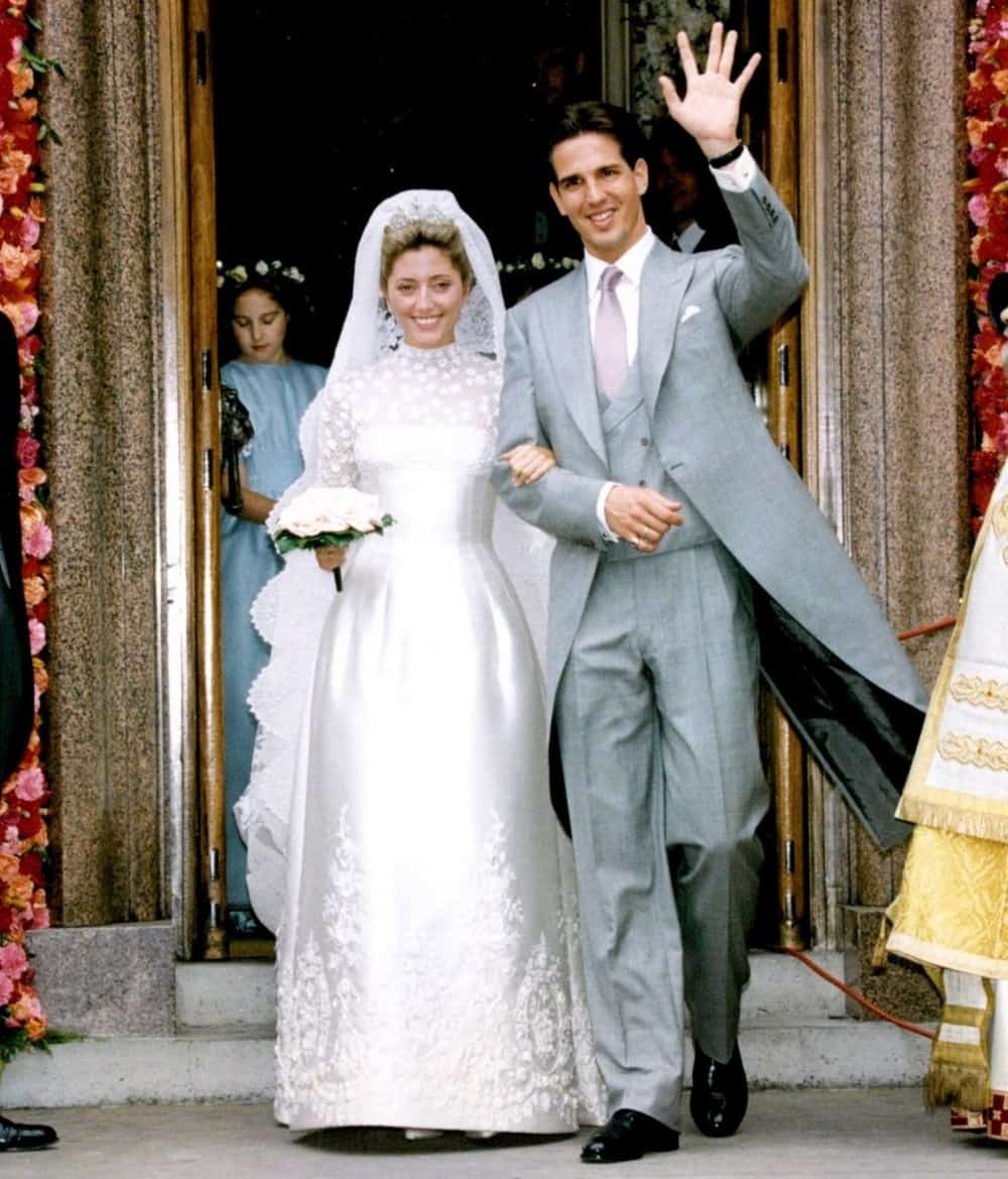 a06ada504b The 10 Most Expensive Wedding Dresses of All Time