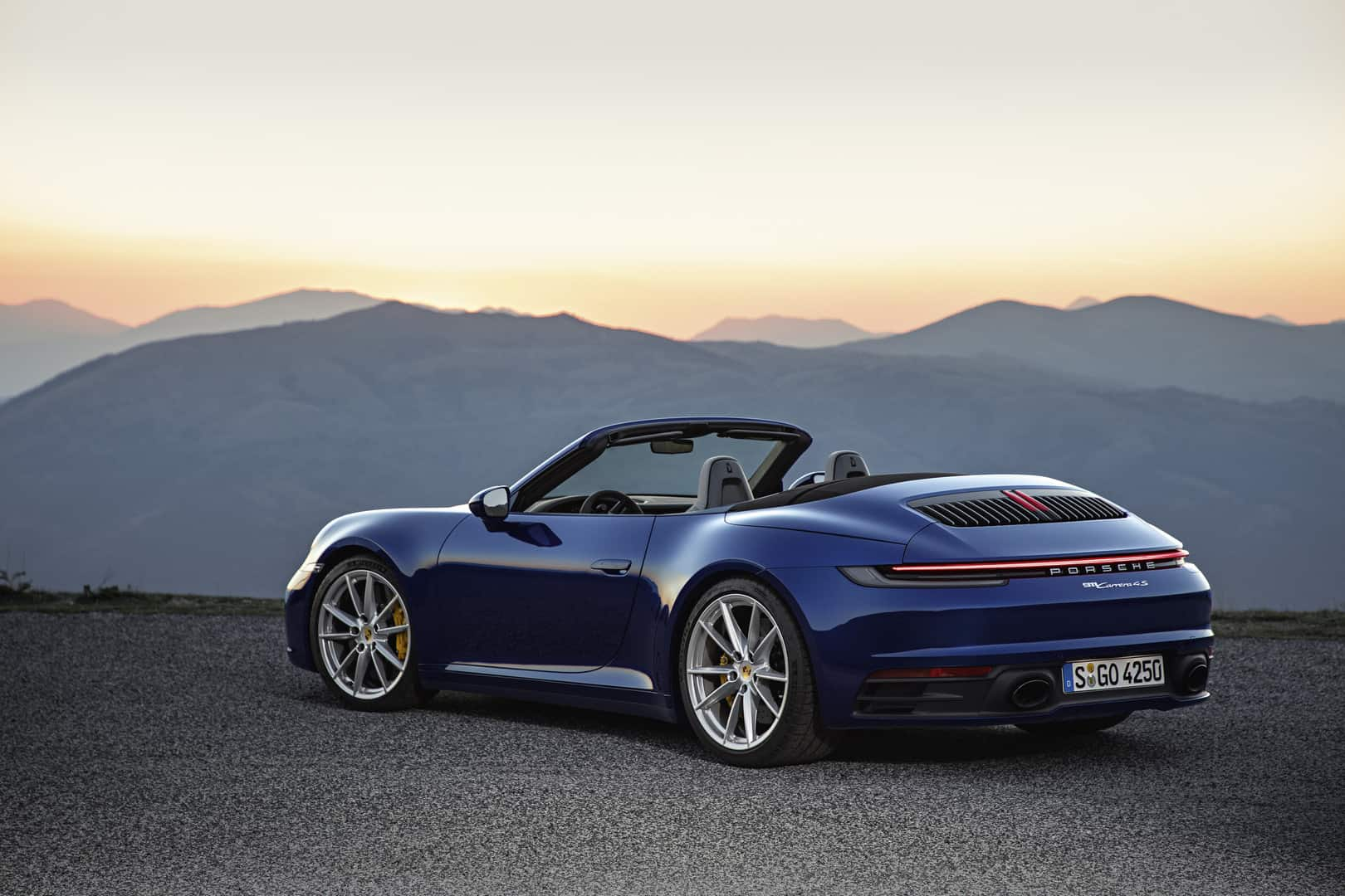 Porsche-911-Cabriolet-6