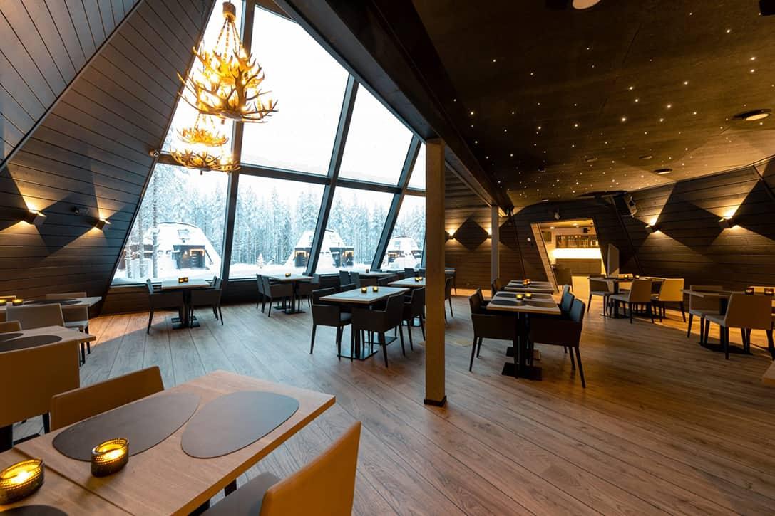 Snowman World Glass Resort