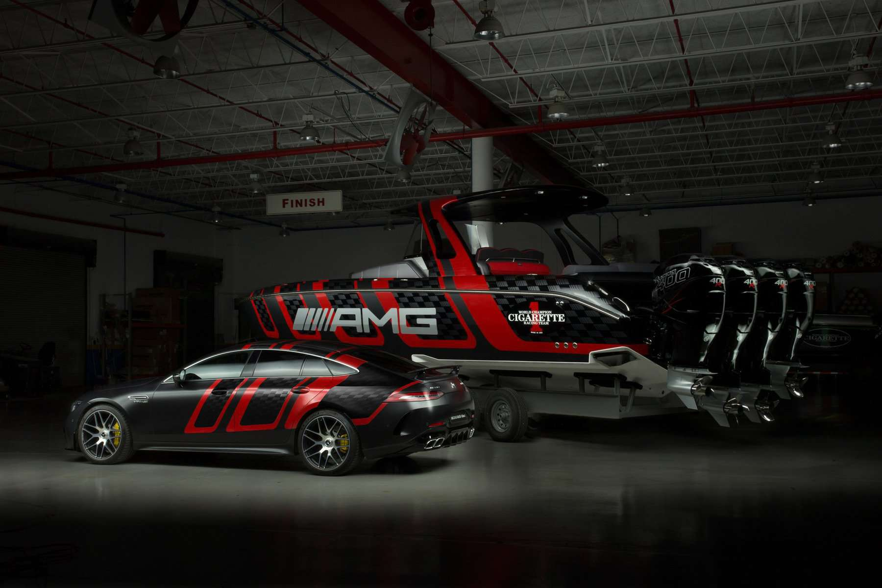 amg-carbon-edition-speedboat-from-mercedes-amg-and-cigarette-racing-12