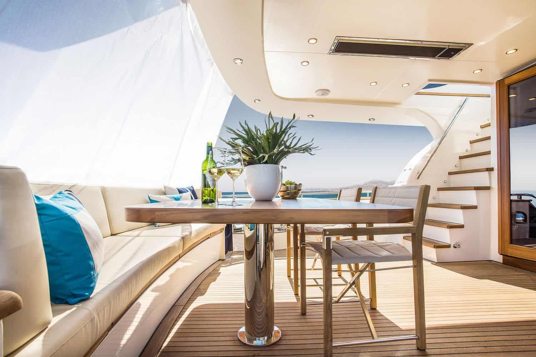 Joy Yacht Van der Valk 17