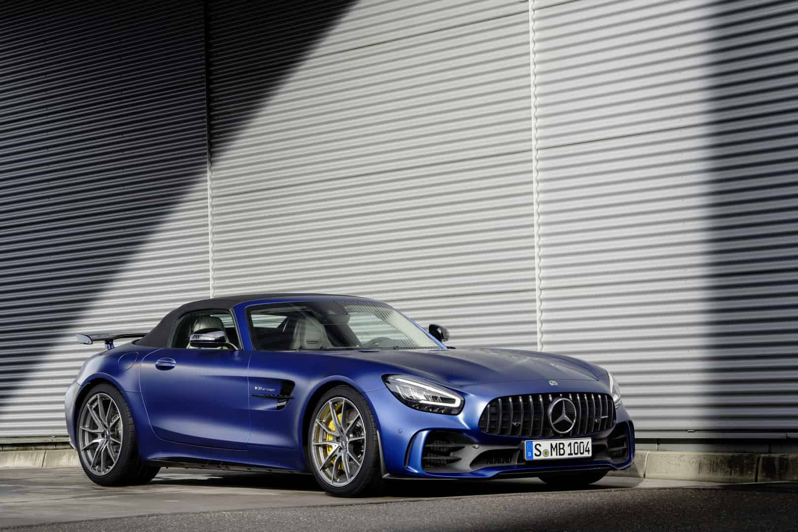 Mercedes-AMG GT R Roadster 5