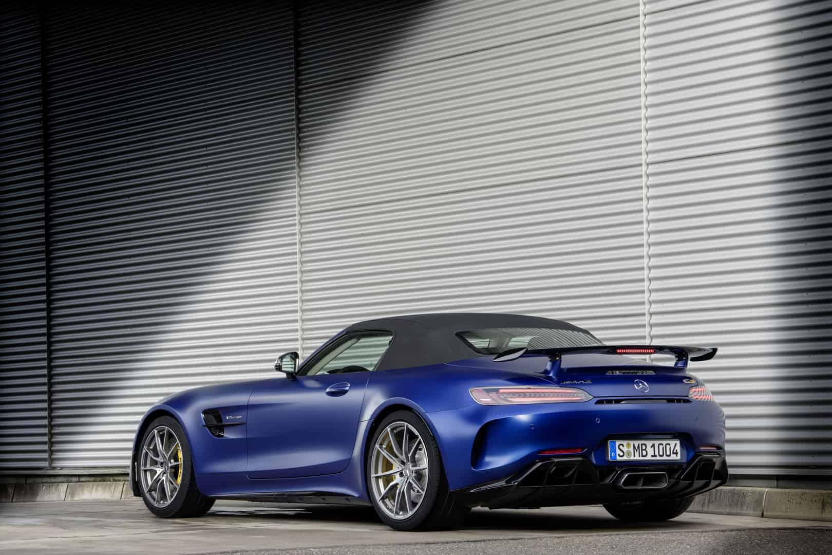 Mercedes-AMG GT R Roadster 6