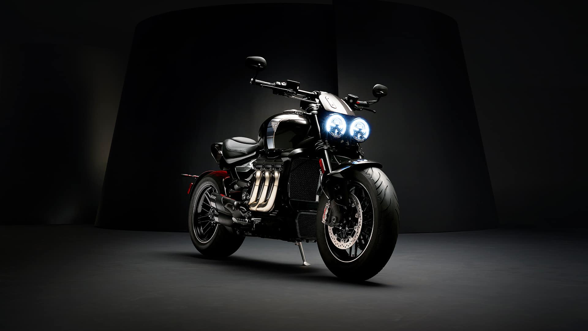 2019 triumph rocket 3 factory custom 8