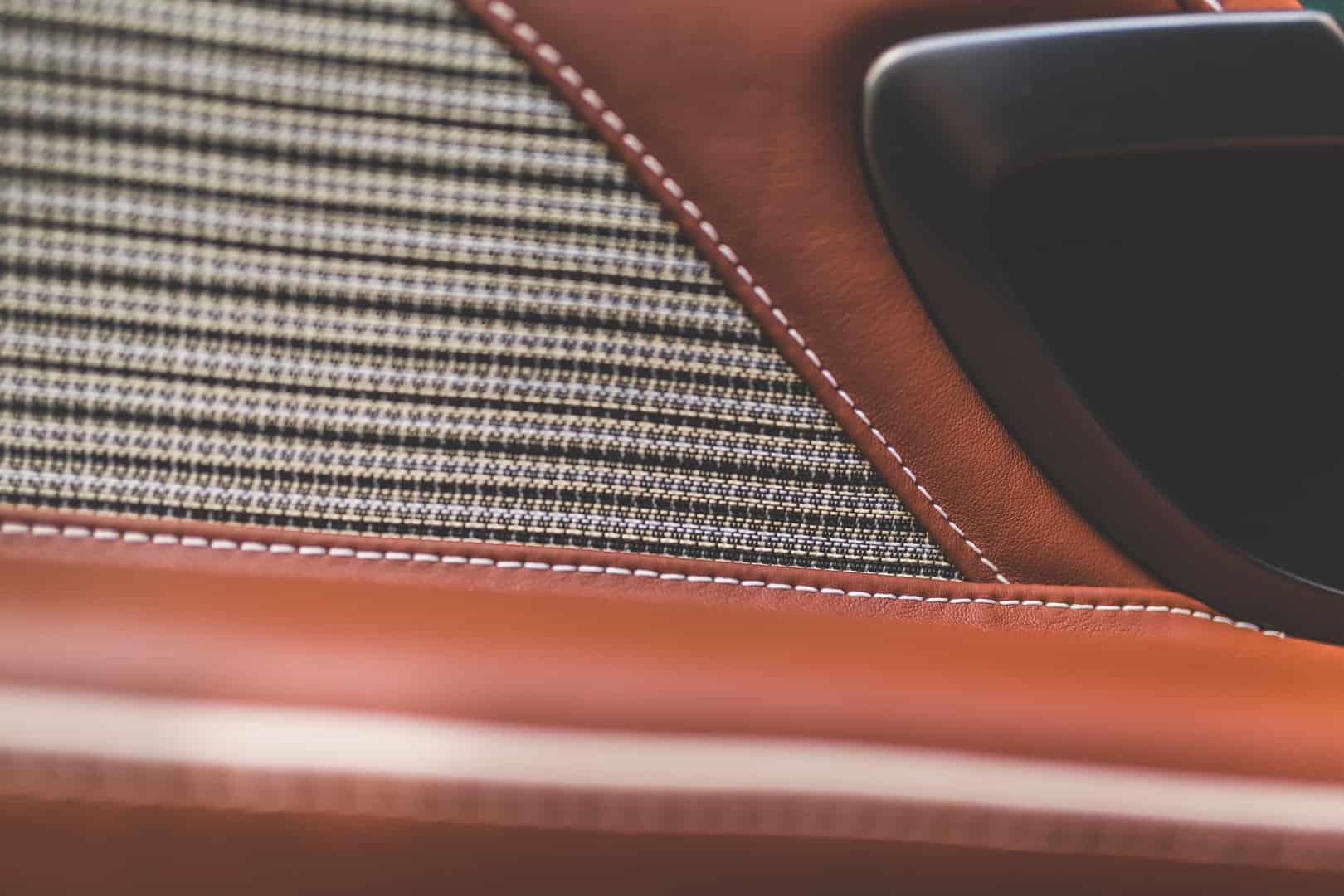Aston Martin DBS 59 11