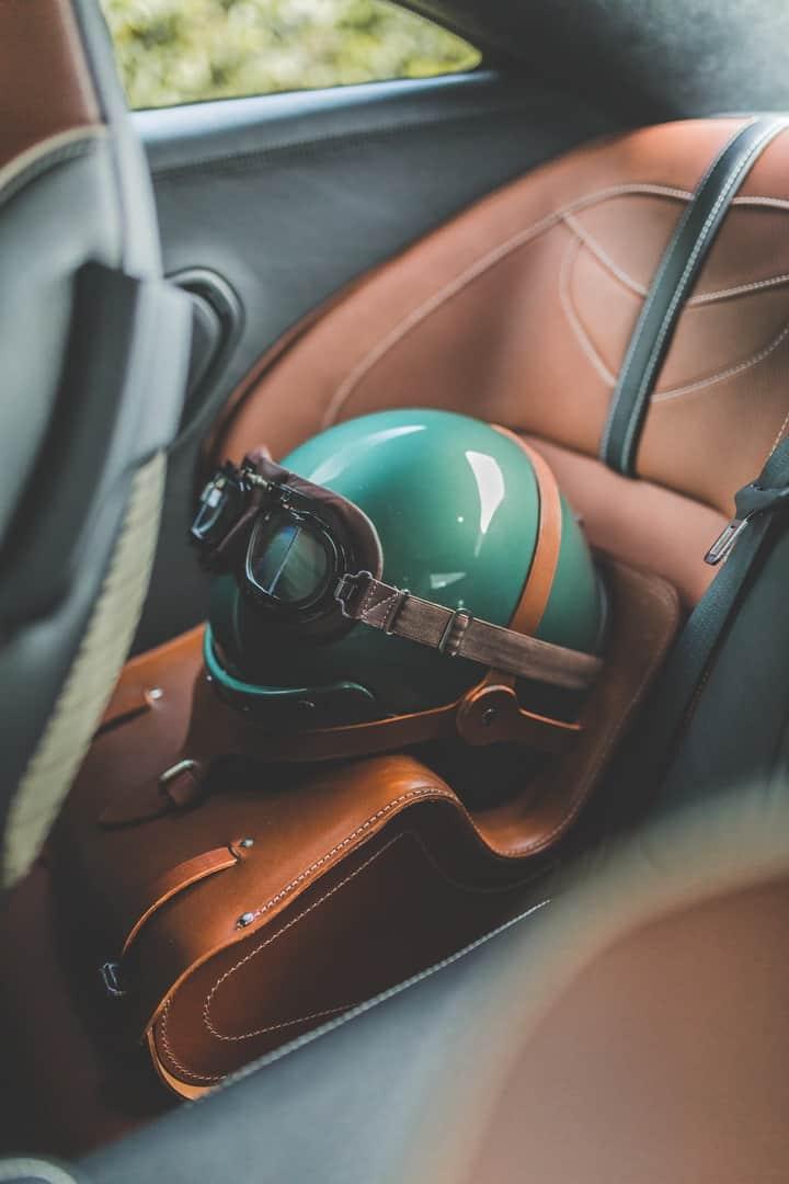 Aston Martin DBS 59 4