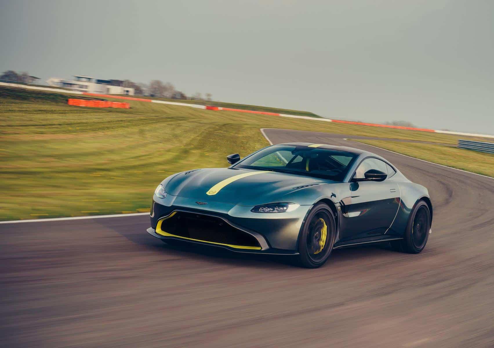 Aston Martin Vantage AMR 10