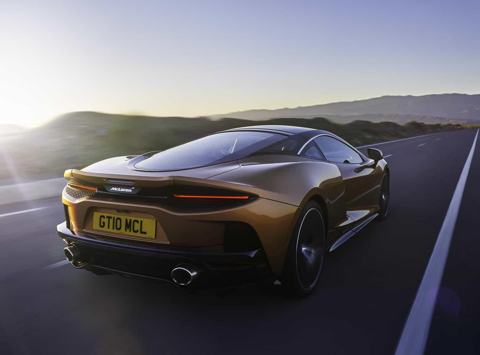 McLaren GT 13