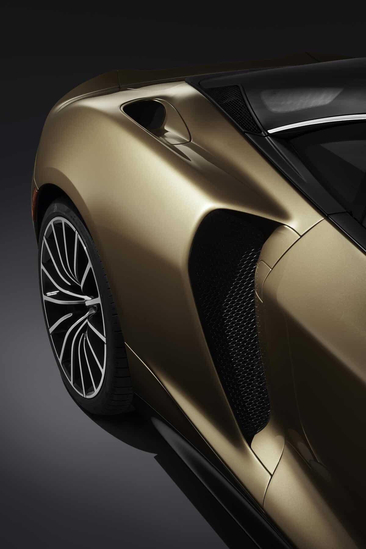 McLaren GT 3