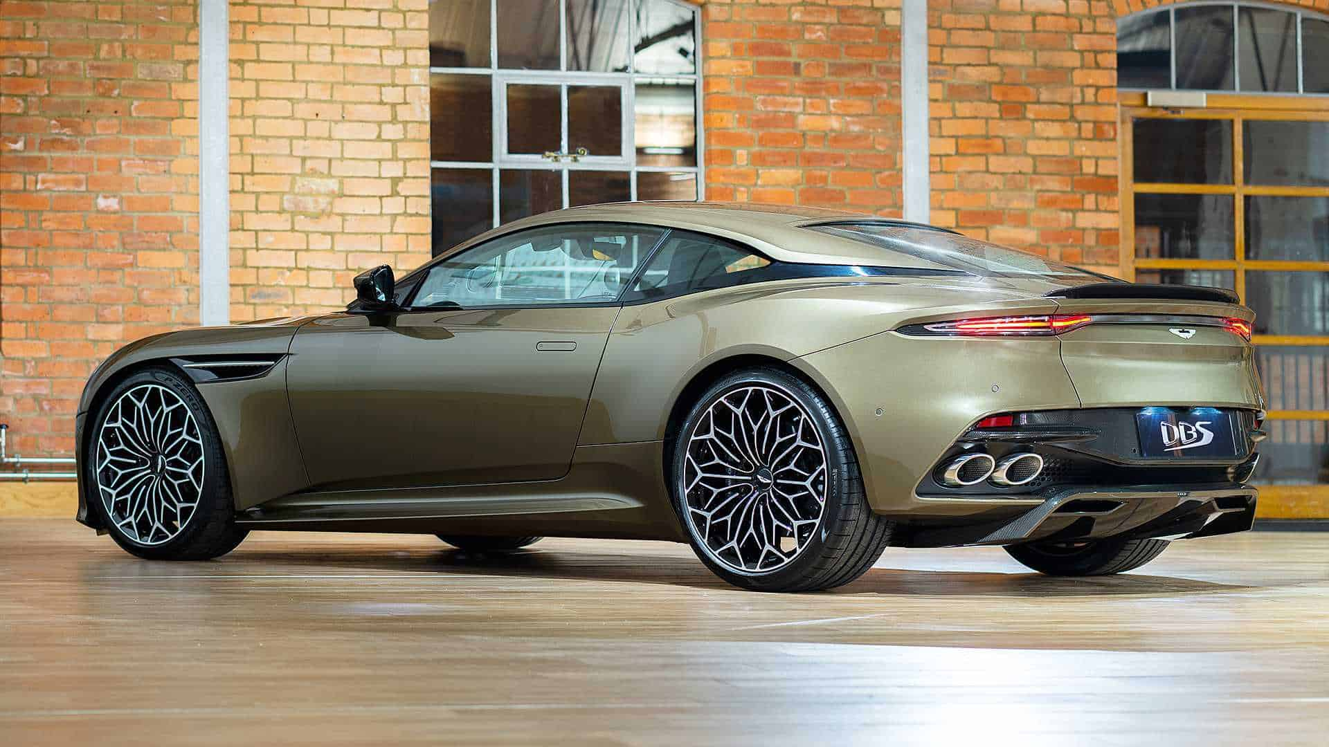aston martin dbs superleggera james bond 13