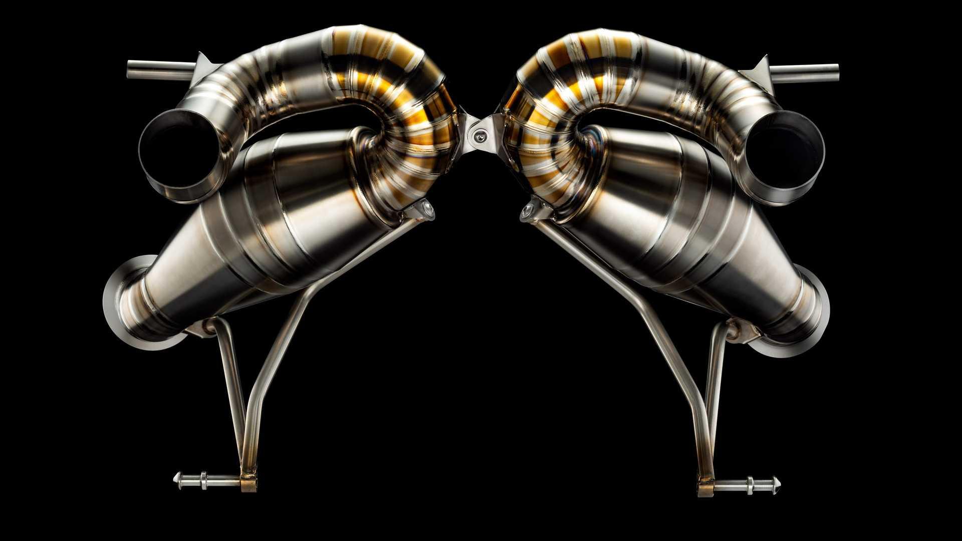 Valentino Balbon Lamborghini Aventador SVJ Exhaust 2