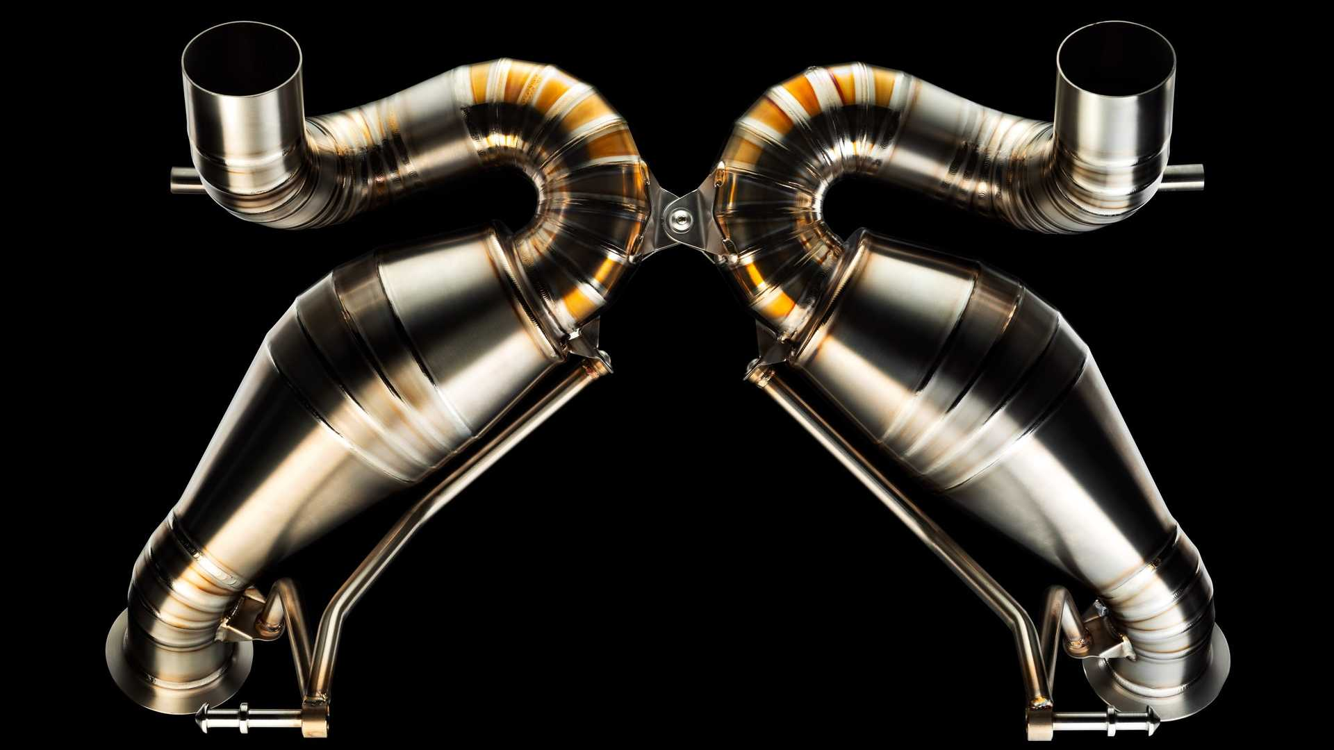 Valentino Balbon Lamborghini Aventador SVJ Exhaust 4