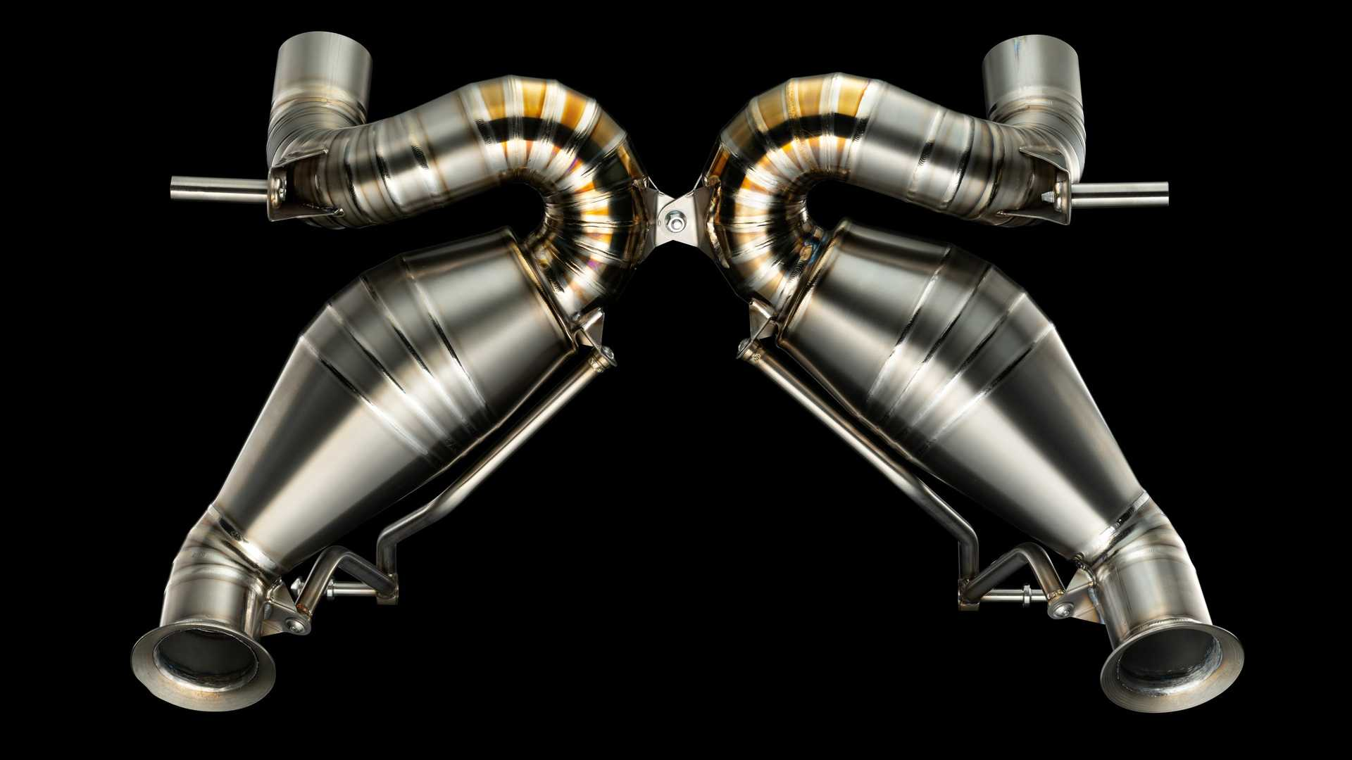 Valentino Balbon Lamborghini Aventador SVJ Exhaust 5