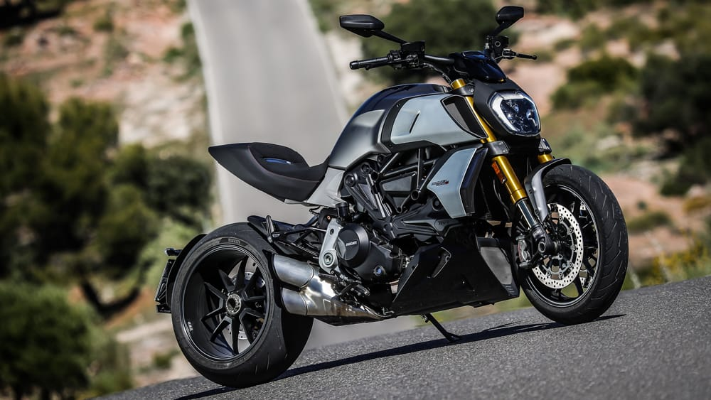 The New Ducati Diavel 1260 S Puts some Muscles into the Cruiser