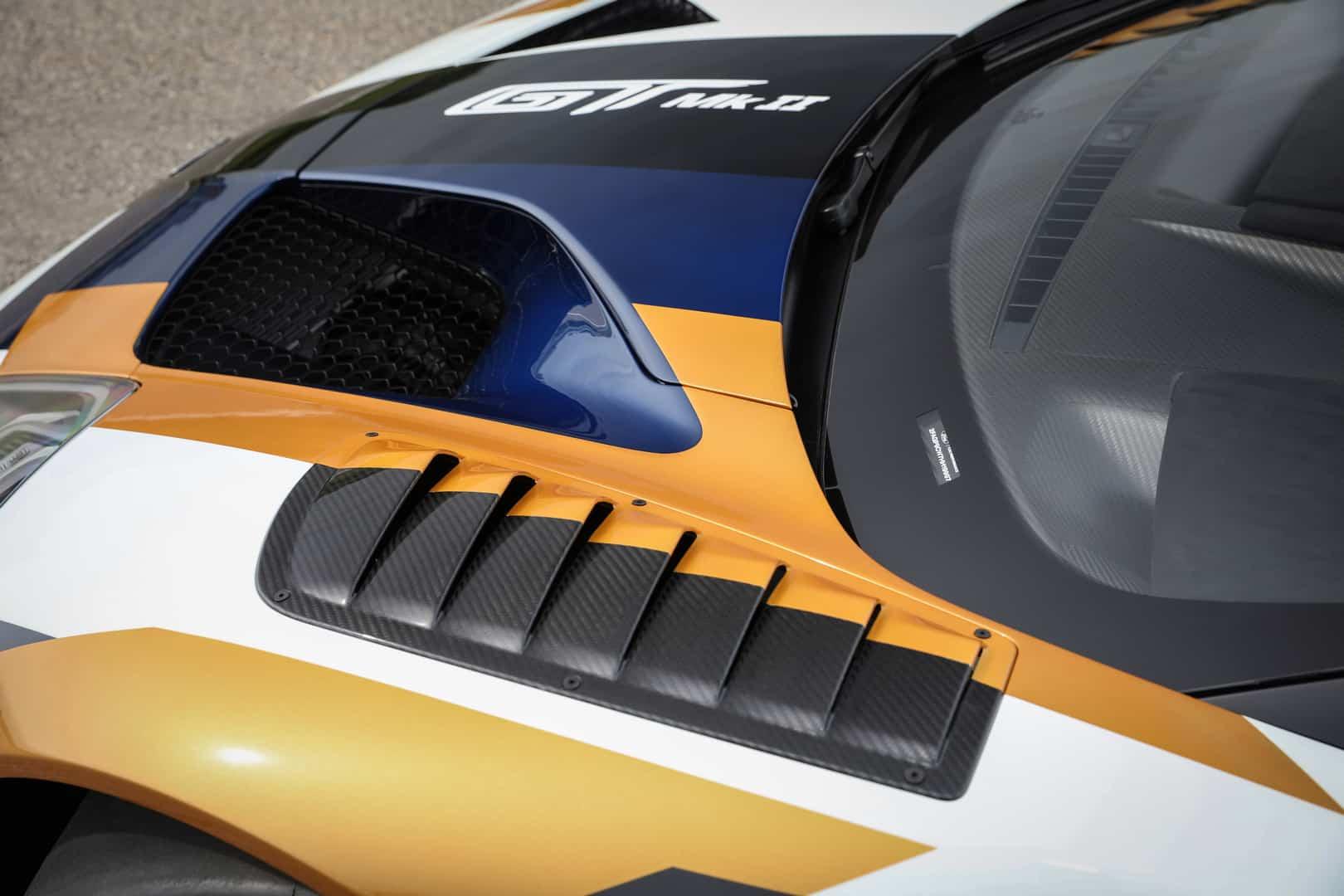 Ford GT Mk II 12