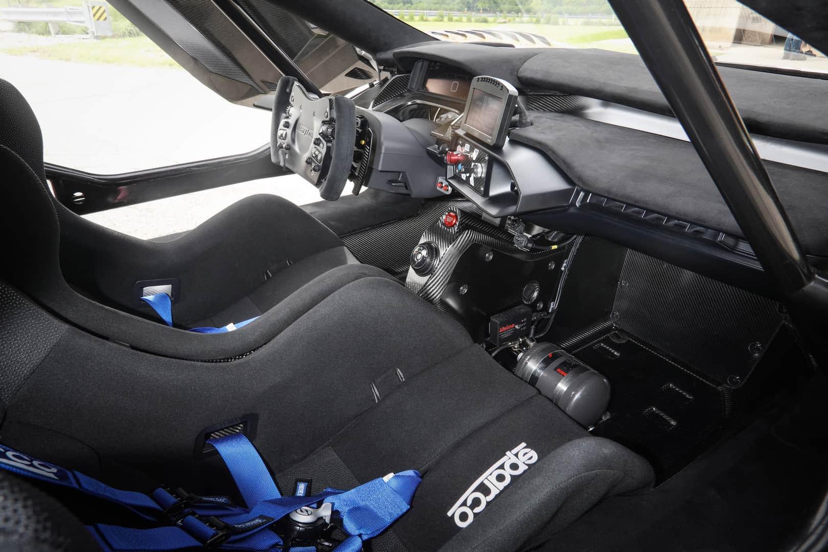 Ford GT Mk II 14