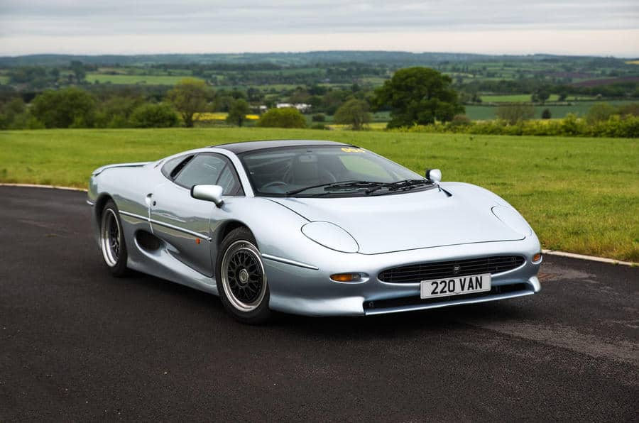Jaguar XJ220 Remains One of the Fastest Cars Ever Tested
