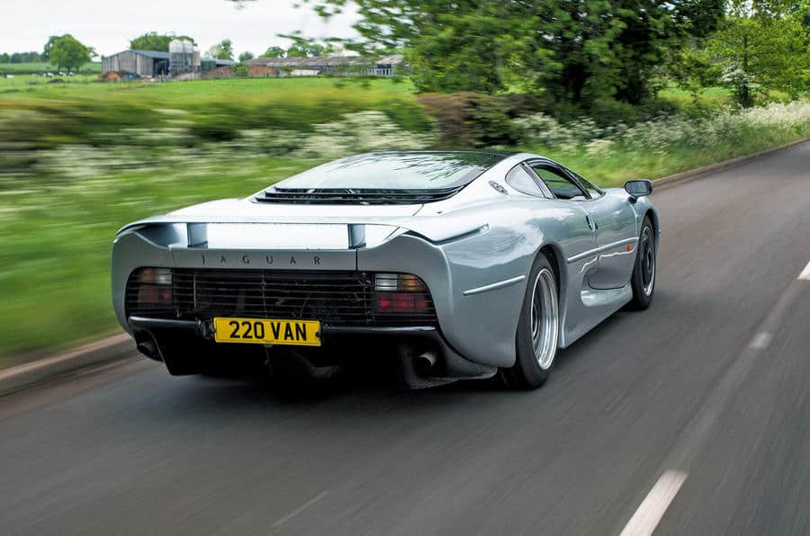 Jaguar XJ220 remains one of the fastest cars ever tested_3