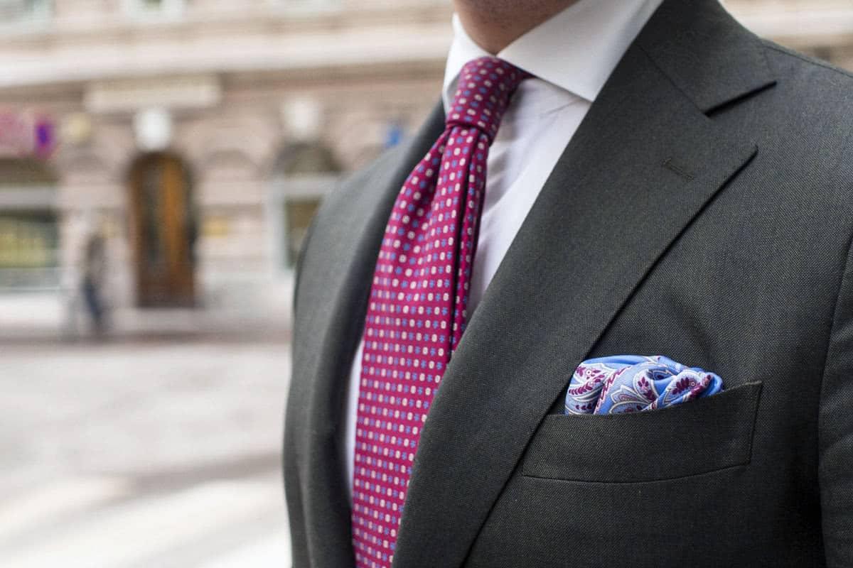 cocktail attire accessories