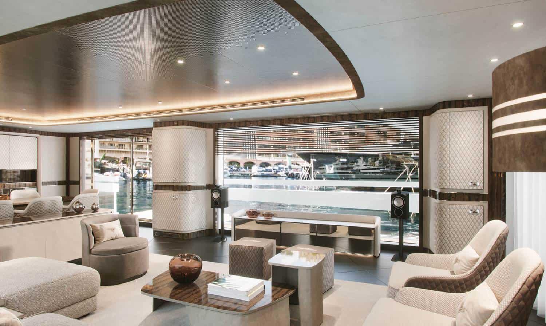Dynamiq Global 300 Yacht 13