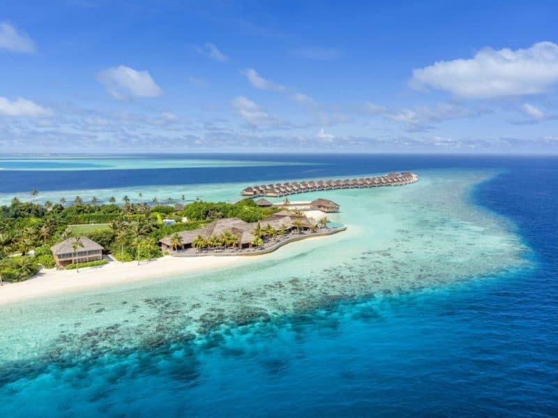 Hurawalhi Maldives 11