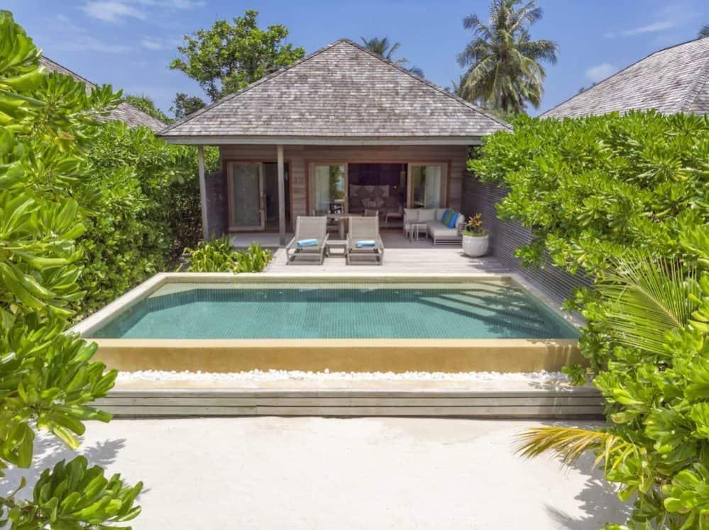 Hurawalhi Maldives 3
