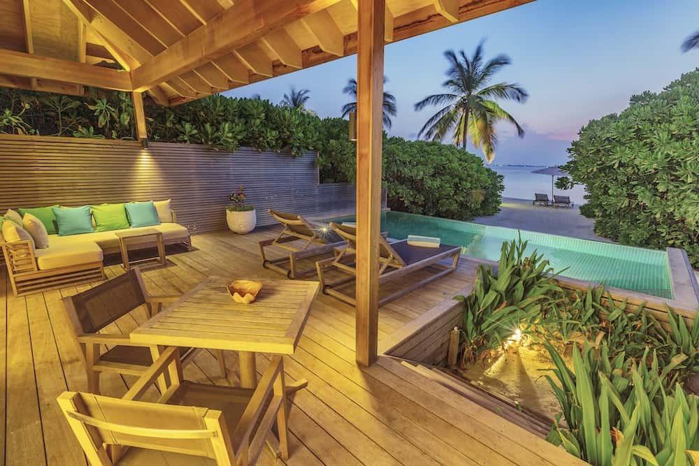 Hurawalhi Maldives 5