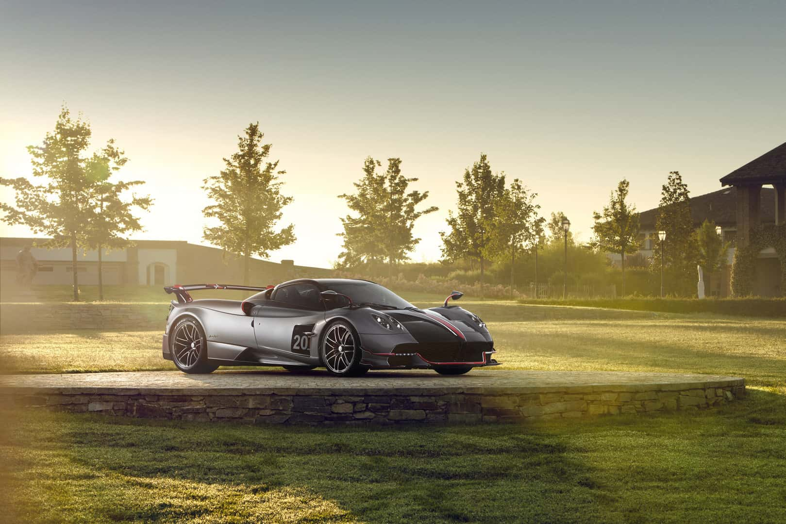 Feast Your Eyes on The New Pagani Huayra BC Roadster !