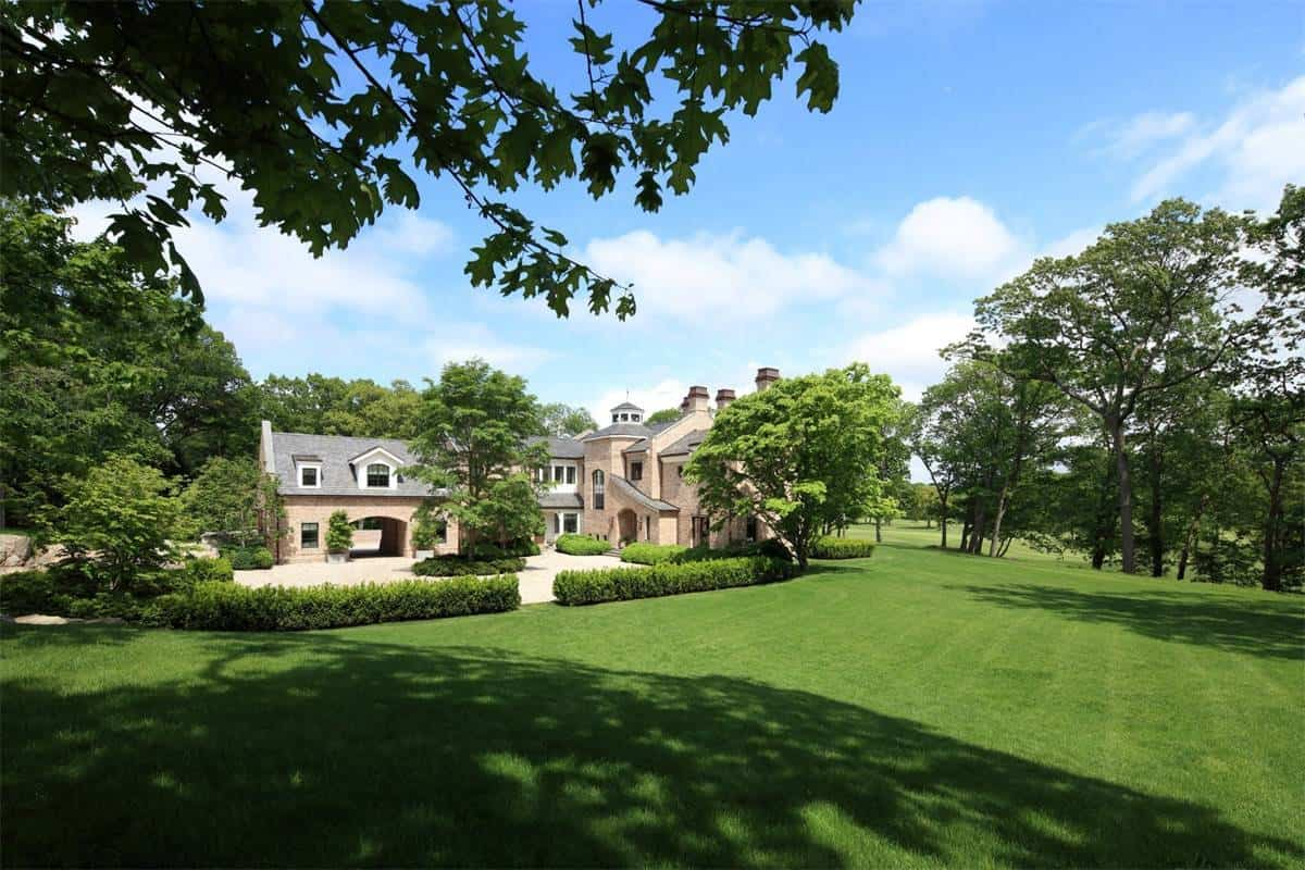 tom brady gisele bundchen massachusetts mansion 2